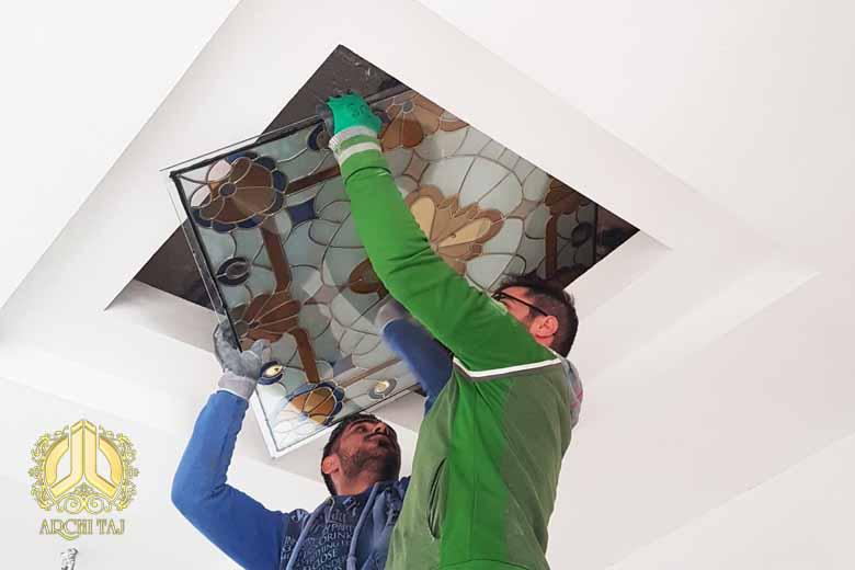 استیند گلس در سقف کاذب