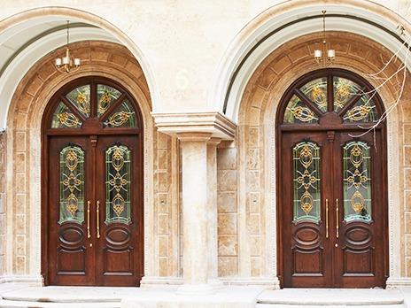 پروژه ی شیشه استین گلس برای درب ورودی